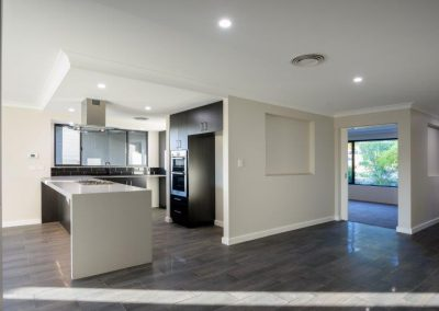 14 la webb construction adelaide circle 180529 8100250 400x284 - HOME
