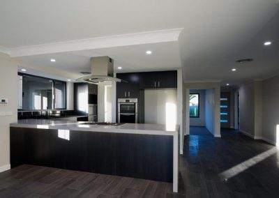 18 la webb construction adelaide circle 180529 8100259 400x284 - HOME