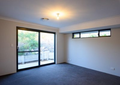 32 la webb construction adelaide circle 180529 8100316 400x284 - HOME